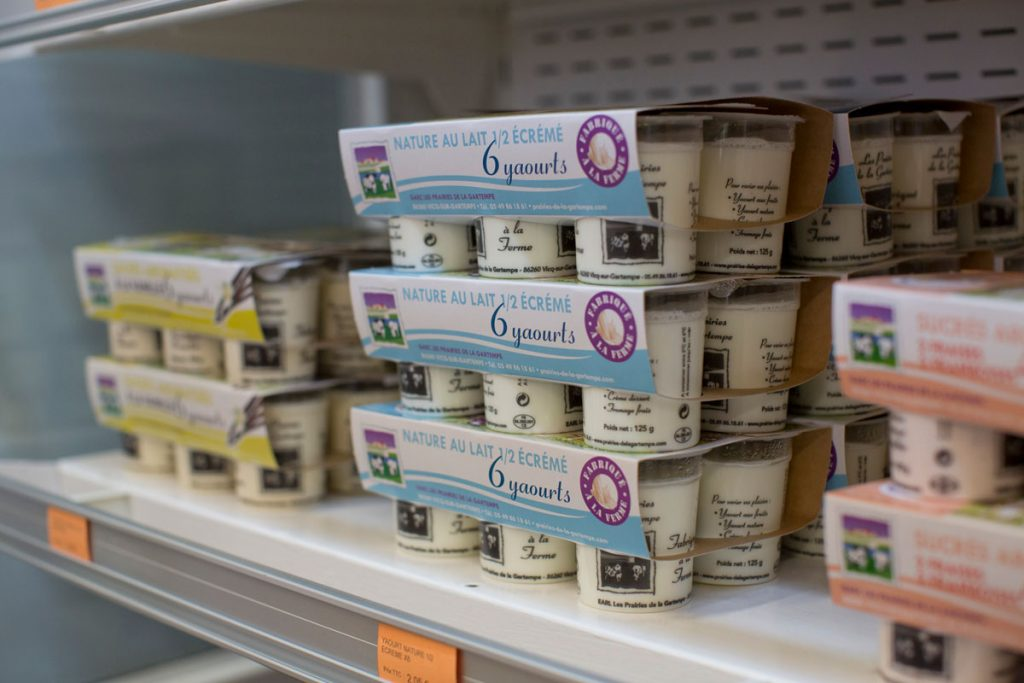 Yaourts, Produits laitiers